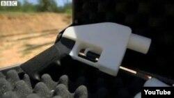 Пісталет, зроблены на 3d-друкарцы