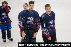 Мікалай Лукашэнка (справа)