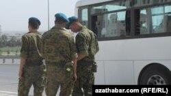 Военнослужащие Туркменистана (архивное фото)