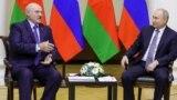 А. Лукашенко и В. Путин в Петербурге 18 июля 2019 г.