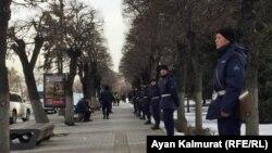 Спецназ на подступах к площади. Алматы, 22 февраля 2020 года.