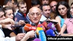 Председатель Госкомитета по работе с религиозными структурами Мубариз Гурбанлы