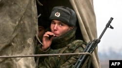 Российский солдат в Чечне, 2000 год
