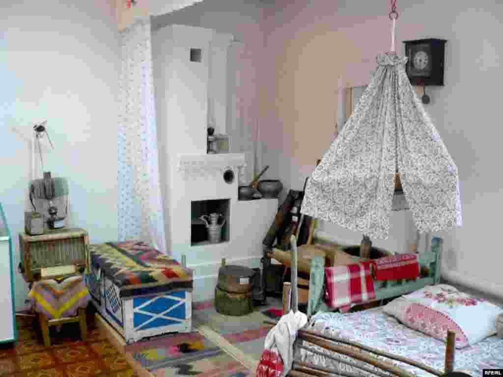 Олы Тигәнәле авылындагы Салих Баттал исемендәге туган якны өйрәнү музее