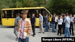 Autobuzul şcolar pentru copiii din Damaşcani, r-ul Râşcani.