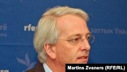 Daalder në Radio Free Europe në Uashington, 22 nëntor 2010