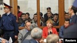 Подсудимые по делу «о беспорядках в Жанаозене» в зале суда. Актау, 27 марта 2012 года.