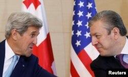 Джон Керри и премьер-министр Грузии Георгий Квирикашвили. Тбилиси, 6 июля