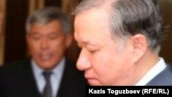"""Нұрлан Нығматулин, мәжіліс төрағасы, """"Нұр Отан"""" партиясының парламенттік фракциясының жетекшісі."""