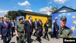Premierul Pavel Filip și președintele ucrainean Petro Poroșenko la deschiderea punctului de graniță Cuciurgan-Pervomaisc, iulie 2017