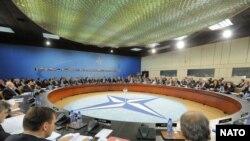 Засідання Ради НАТО на рівні міністрів закордонних справ. Брюссель, 2 грудня 2008 р.
