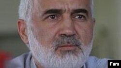 احمد توکلی، رئیس مرکز پژوهشهای مجلس شورای اسلامی.