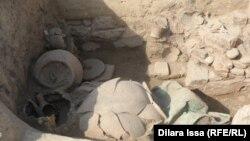 Көне Тараз қаласы орнында жүргізілген археологиялық жұмыстар барысында табылған заттар. 9 қазан 2015 жыл