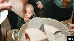 Najmanje 100.000 stanovnika Crne Gore nema čak ni jedan euro dnevno po članu porodice za hranu
