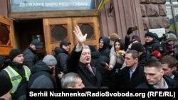 Порошенка викликали на допит у справі про підписання Мінських домовленостей за часів його президентства