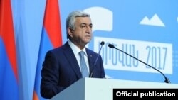 Armenia - President Serzh Sarkisian addresses the Sixth Armenia-Diaspora Conference in Yerevan, 18Sep2017.