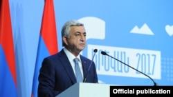 S.Sarkisian Ermənistan- Diaspor VI ümumerməni konfransında