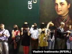 "Акция протеста против уничтожения картины ""Колиивщина"""
