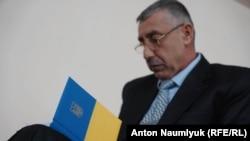 Сулеймен Қадыров Феодосия қалалық сотында отыр. Қырым, 28 ақпан 2018 жыл.