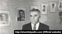 Шамиль Алядин в офисе