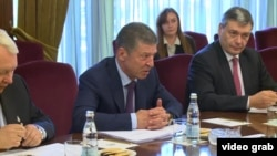 Dmitri Kozak la o întâlnire cu Igor Dodon la Moscova