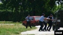Македонска полиција