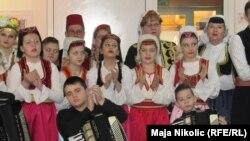 Mladi baštine sevdalinku (Sa konferencije u Tuzli)