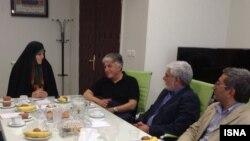 دیدار رضا کیانیان، حسین پاکدل و حبیب احمدزاده با معاون امور زنان حسن روحانی