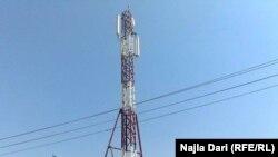 برج لتقوية الارسال على سطح منزل في بغداد