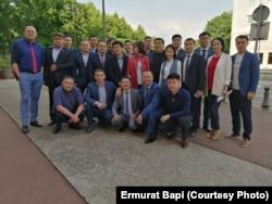 Участники конференции в Париже, организованной Бюро казахстанской оппозиции за рубежом, 21 мая 2019 года.