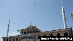 Кара-Суудагы мечит.