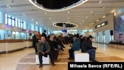 Moldova - railway station, airport, generic, migration