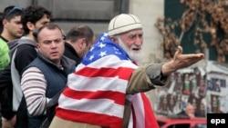 Что бы ни говорил премьер, заявление Обамы сильно расстроило многих в Грузии, в том числе и некоторых членов правительства. На фоне украинского кризиса здесь надеялись, что поведение России в Крыму может заставить западных противников отказаться от своих многолетних сомнений по поводу членства Грузии в Альянсе