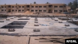 مدرسة قيد الإنشاء في بغداد