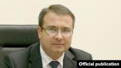 Міністар фінансаў Уладзімер Амарын анансаваў разьмяшчэньне эўрааблігацый на600 мільёнаў даляраў