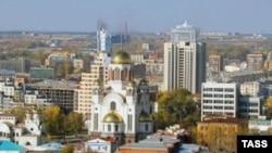 Муниципалитет Екатеринбурга торопится закончить ремонт центральной площади к 285-летию города