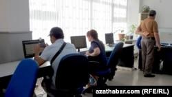 Türkmenistan internet elýeterliliginiň pes ýurtlarynyň arasynda galýar