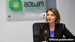 Что касается скандала с «промышленниками», то, по информации спикера ЦИК Анны Микеладзе, они попросту опоздали с представлением предвыборного списка
