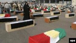 ضحايا من العرب والكرد في مقبرة جماعية في النجف