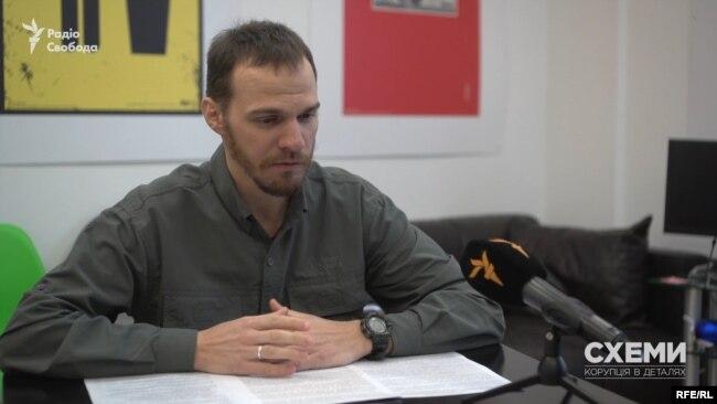Юрист «Центру протидії корупції» Олександр Литвин припускає, що таким чином Нечипоренко намагався вберегти частину свого майна