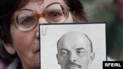 Ленин всегда живой?