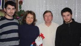 Valeriu Ticu cu familia
