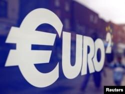 Евроакчага кирген өлкөлөр финансы кризисинен чыга элек.