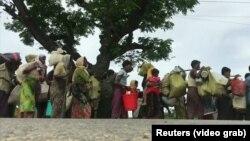 Рохинджа, бежавшие из Мьянмы в Бангладеш.