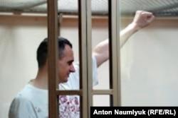 Алег Сянцоў на судзе, 2015 год
