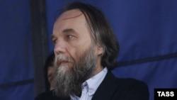 Александр Дугин на шествии в поддержку украинского сепаратизма, Москва, 11 июня 2014