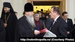 Митрополит Тихон на встрече в Заксобрании Новосибирской области