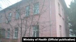 Один из корпусов городской клинической больницы №1 в Бишкеке.