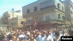 Массовая демонстрация против режима Асада в Дамаске 1 июля 2011 г.