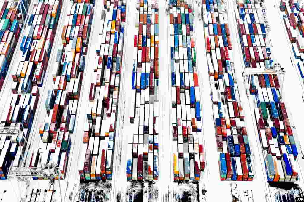 Snow-covered containers create a pattern at the port of Rotterdam in the Netherlands. (AFP/Robin Utrecht)